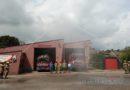 Brandweer herdenkt tijdens inzet overleden collega's